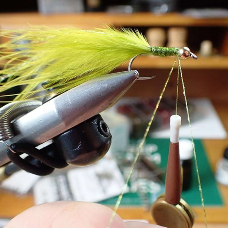 8. Step 8 Prepare Thread For Tying In Spun Dubbing